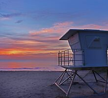 lifeguard tower by cliffordc1