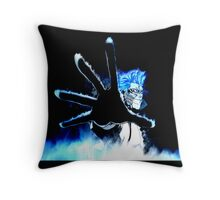 Grimmjow Throw Pillow