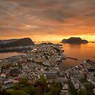 Ålesund, Norway by Cameron B