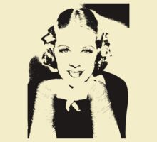 Glenda Farrell Smiles by Museenglish