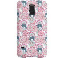Tiny Elephants in Fields of Flowers Samsung Galaxy Case/Skin