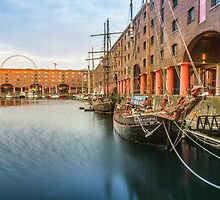 Glaciere at the Albert Dock by Paul Madden