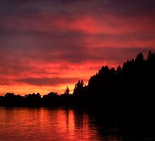 Sunset over Dexter Reservoir in Oregon by EllieGraceOR