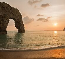 Sunset at Durdle Door by Ian Middleton