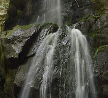 Baskins Creek Falls by HeyHannahNicole