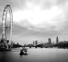 Moving London by Pixelglo Photography