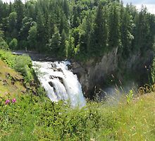 Snoqualmie Falls by jkmarshall