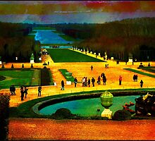 Tourists In The Garden Of Versailles by Ian Mooney