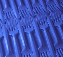 Plastic fork blues- ISO 100 by Stephen Thomas