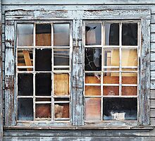 Wood in the Windows © by Ethna Gillespie