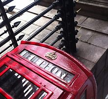 London Telephone by Pol Vendrell