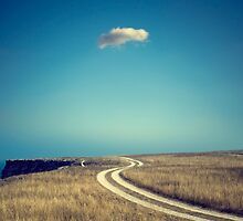 A lonely cloud by yurybird