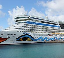 AIDAluna cruise ship anchered off Grenada island by stine1