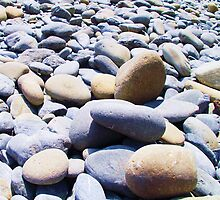 Pebbles by haroula