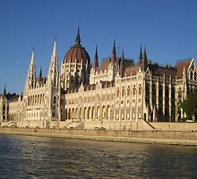 Parliament, Budapest by shoelock