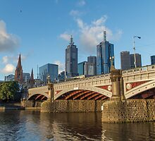 Princes Bridge in Melbourne, Australia by Nils Versemann