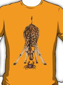 Curiosity killed the cat, not the giraffe T-Shirt