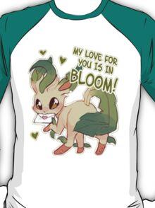 Leafeon Love T-Shirt