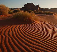 Sand Pattern 2 by Eivor Kuchta