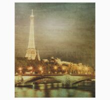 Eiffel tower at night Kids Clothes