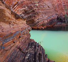 Hamersley Gorge rock colours - Pilbara by gaylene