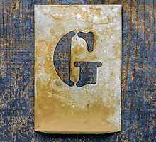 Letter G by Ricard Vaqué