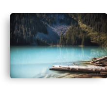 Middle Joffre Lake - Joffre Lakes Provincial Park -  British Columbia Canvas Print