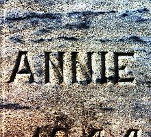 The Headstone of Annie by Righteous Zombie Photography