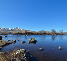 Lochan na h-Achlaise and the Black Mount by Pete Johnston