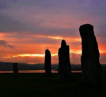 Twilight at Callanish (2) by lezvee