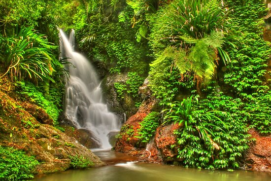 The beautiful Elabana Falls by Michael Matthews