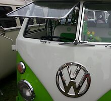 green split screen vw by kershaw67