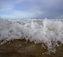 Crashing Waves - Australian beaches by CellBio