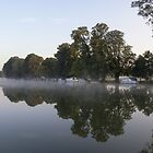 Golden hour river Thames at Pangbourne by Jim Hellier