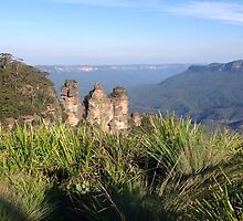 Three Sisters, Blue Mountains, Australia by JournoGirl