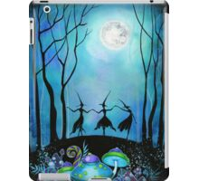 Witches Dancing Under the Moob iPad Case/Skin
