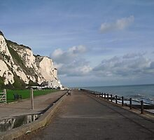 St Margaret's Bay - Kent - UK towards Deal by BeatriceC