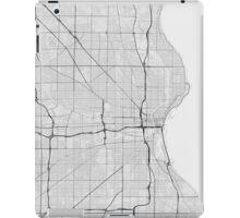 Milwaukee, USA Map. (Black on white) iPad Case/Skin
