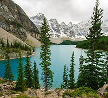Moraine Lake by lkamansky