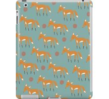 Foxy Pattern iPad Case/Skin