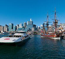 New and old, Darling Harbour, Sydney by Erik Schlogl