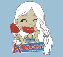 Khaleesi Heart Cream! T-Shirt