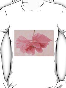 Pretty Pink Poppy Macro T-Shirt