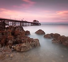 Mumbles pier, Swansea, Wales by leightoncollins