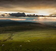 The Brecon Beacons in south Wales. by leightoncollins