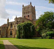 Twekesbury Abbey exterior by slimdaz