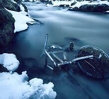 Forgotten by RnDmPhoto