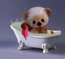 PRIVACY PLEASE..FLOFFY BEAR IS TAKING A BATH..THROW PILLOW by ✿✿ Bonita ✿✿ ђєℓℓσ