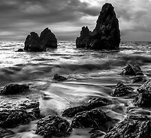 Rodeo Beach by Radek Hofman