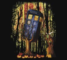 Haunted Blue Phone Box captured By witch T-Shirt